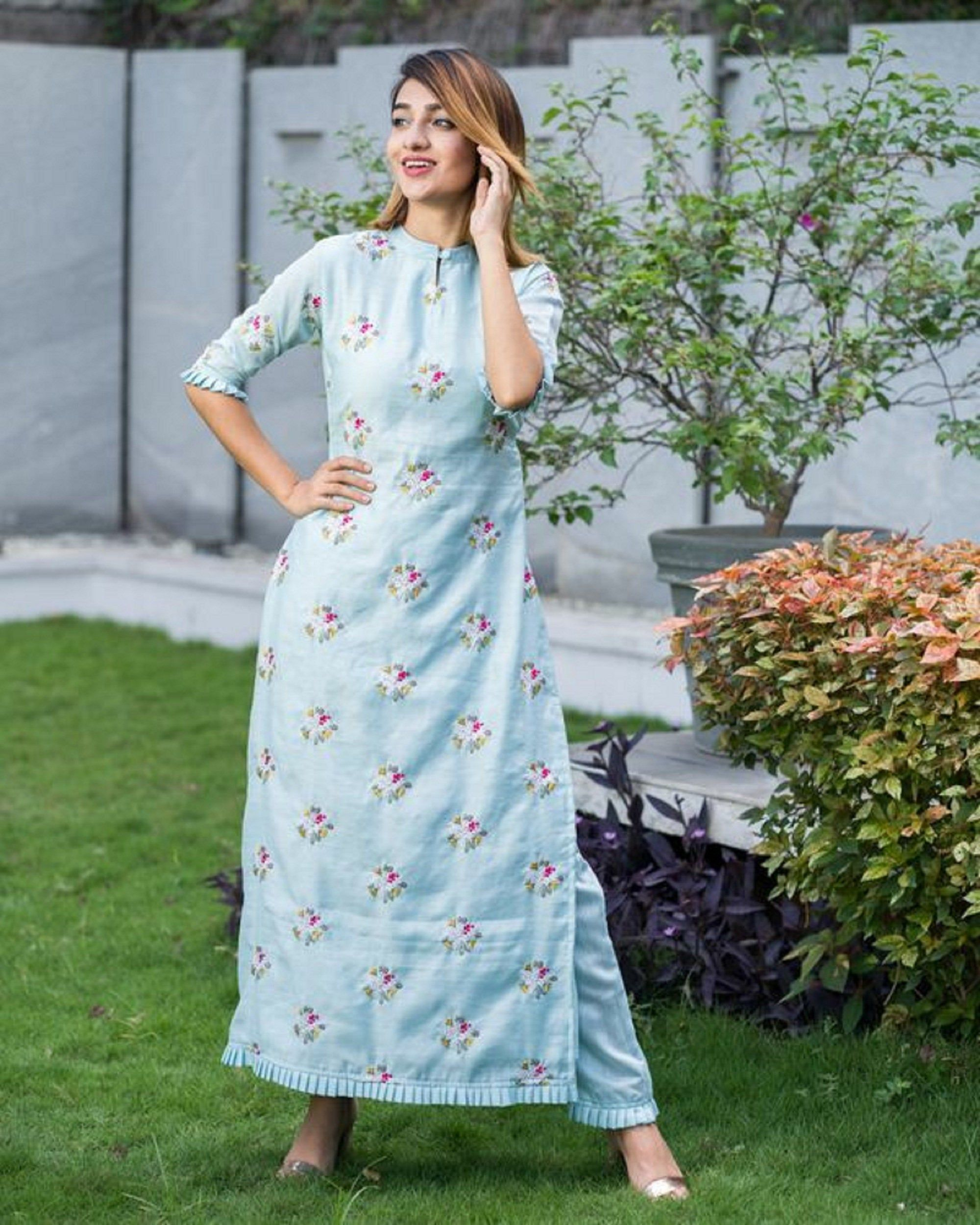 Indian Bollywood Designer Printed Rayon Kurti And Pant Set. Diwali Christmas Special Dress For Women/Girls. Gift For Her. EXPRESS SHIPPING.