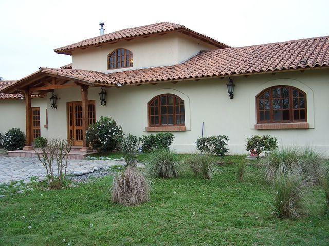 Chilean house frentes de casas estilo colonial fotos de for Estilos de fachadas de casas