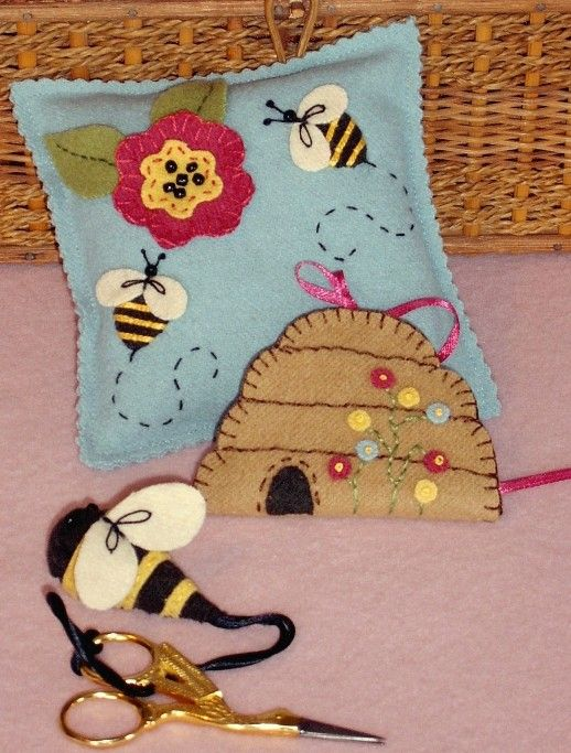 Picture of Sewing Bee Pin Cushion