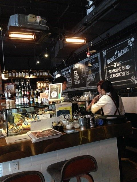 The Coffee Academics 35 45 Johnston Road Wan Chai This Italian Coffee Shop Has A Relaxing Environment With Vintage Photographs On The Wall Describing The Pro