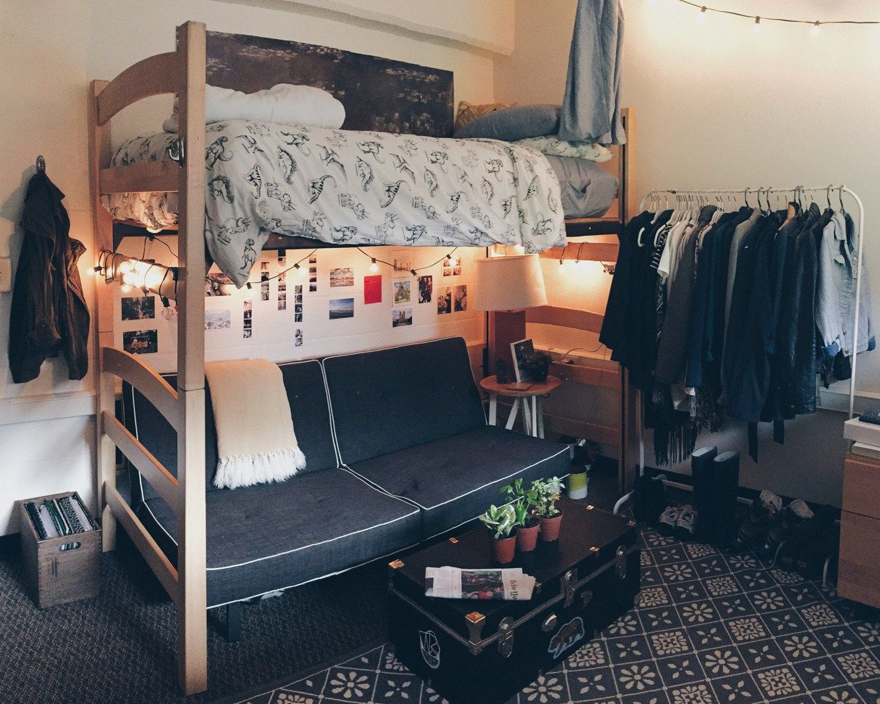 gray male dorm room   Cool dorm rooms, Guy dorm rooms ... on Cool Room Ideas For Guys  id=25314