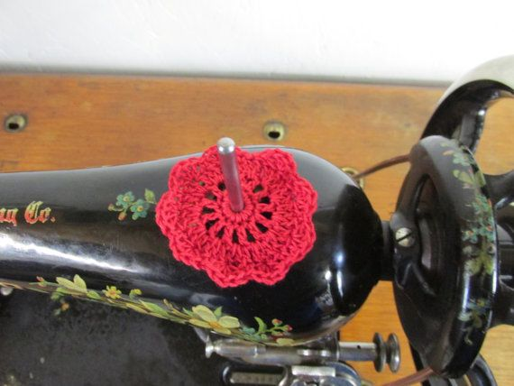 Spool Pin Doily Red by CarterCreekQuilts on Etsy