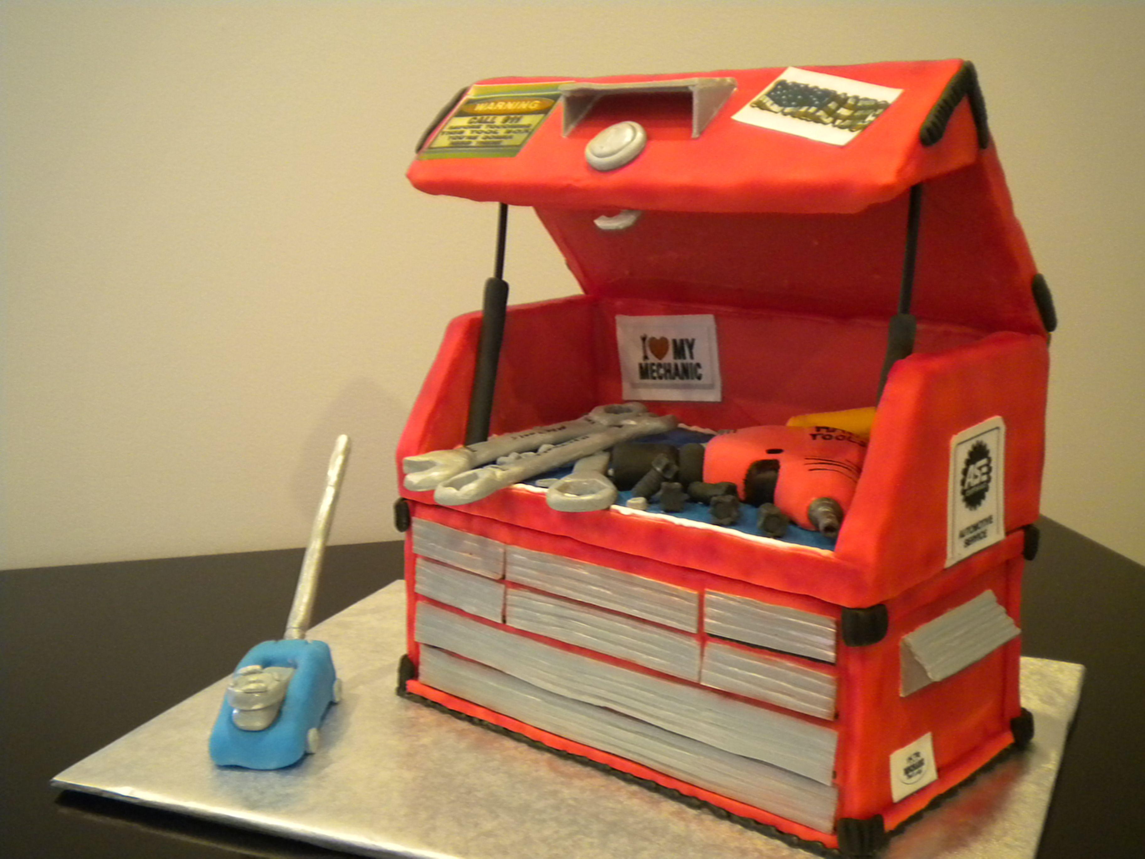 dad n clo wedding mechanic wedding ring Mechanics Tool Box Grooms Cake