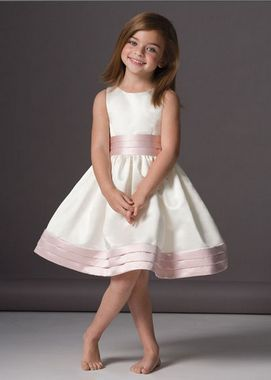 Big Wedding Dresses: Kids Bridesmaid Dress Designs Pictures ...