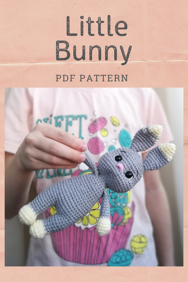 Ravelry: Rattle bunny two-legged pattern by Lucia Lanukas | 1102x735
