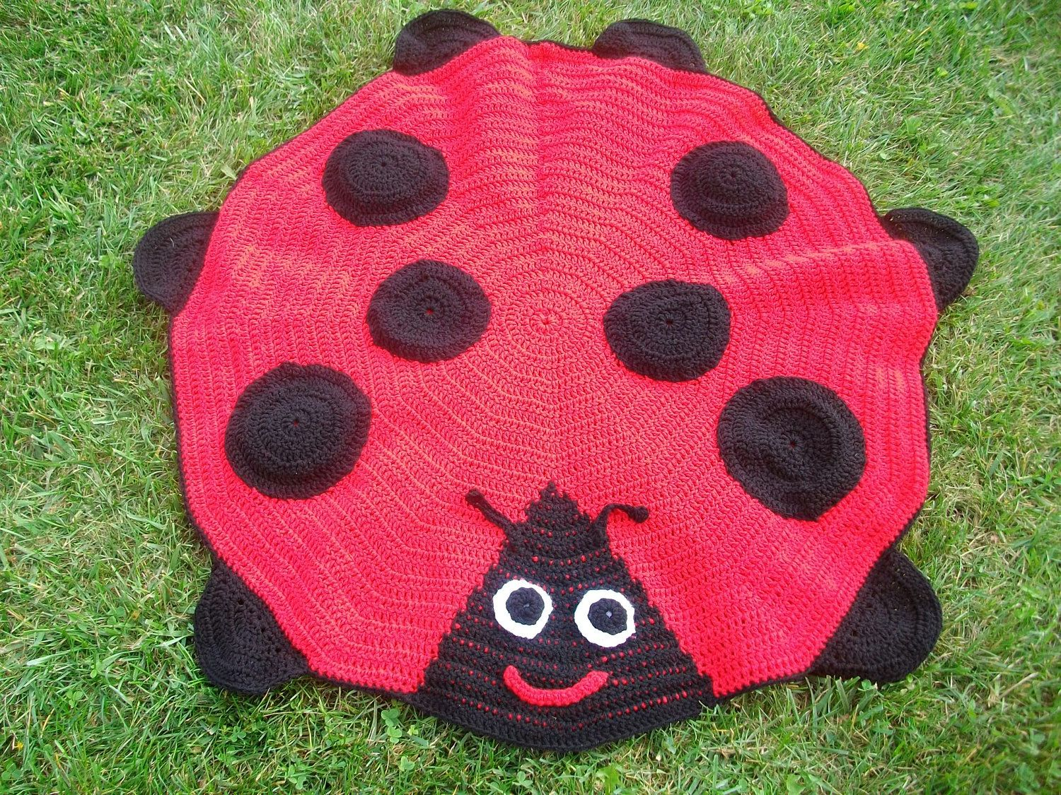Makes me think of the lovely miss annie crocheted made to order makes me think of the lovely miss annie crocheted made to order ladybug blanket bankloansurffo Choice Image