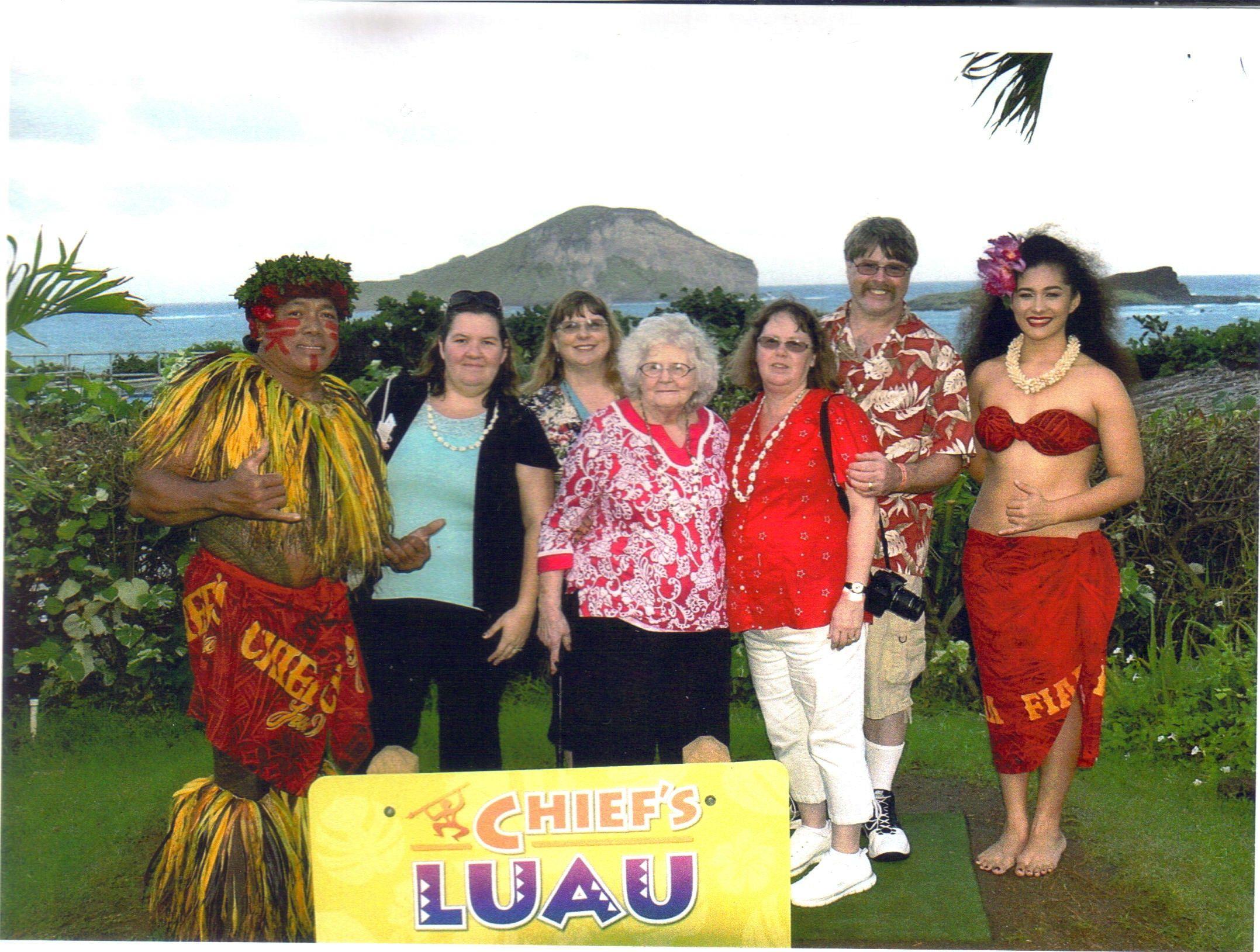 Chiefs Luau Oahu, Hawaii  Our favorite Luau