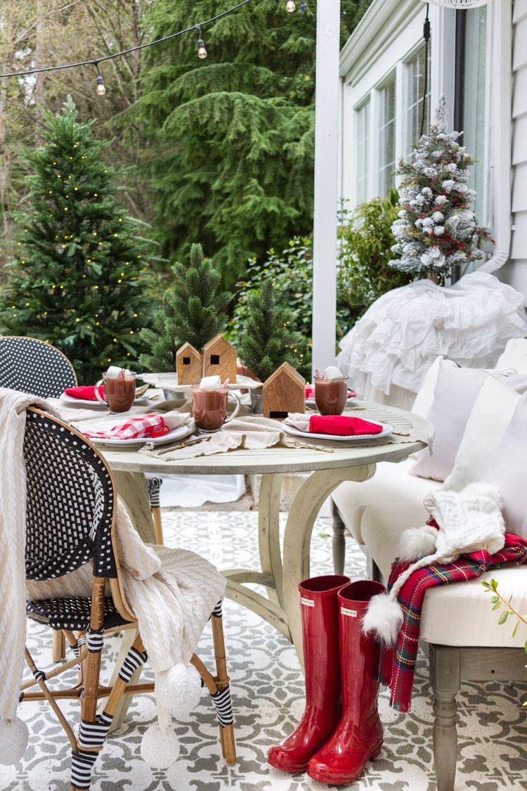 11 Diy Outdoor Christmas Decor Ideas Christmas Table Decorations Diy Christmas Table Setting Centerpieces Christmas Table