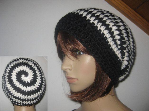 http://de.dawanda.com/product/109000207-muetze-beanie-im-spiral-design