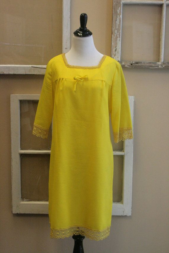 1960s Vintage Dress / 60s Dress / Vintage by littlebrooklynstpete, $26.00