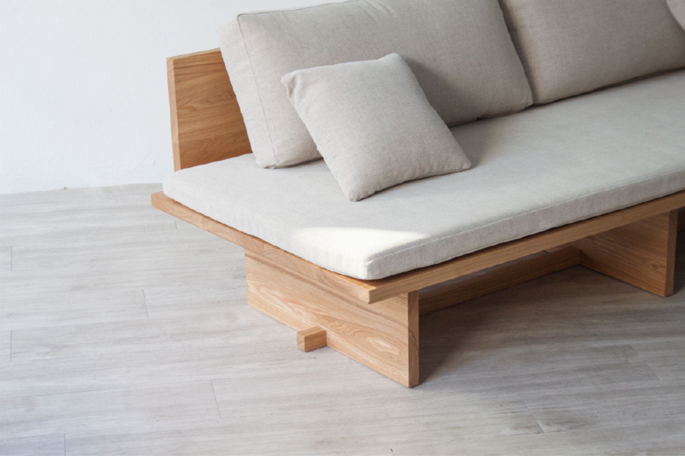 Marvelous Blank Sofa Is A Minimal Sofa Created By South Korea Based Designer Hyung  Suk Cho.