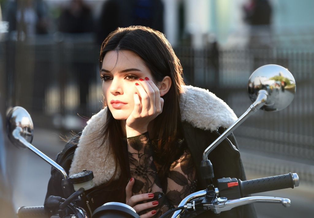 Kendall Jenner Continues To Make Her Mark With Estée Lauder