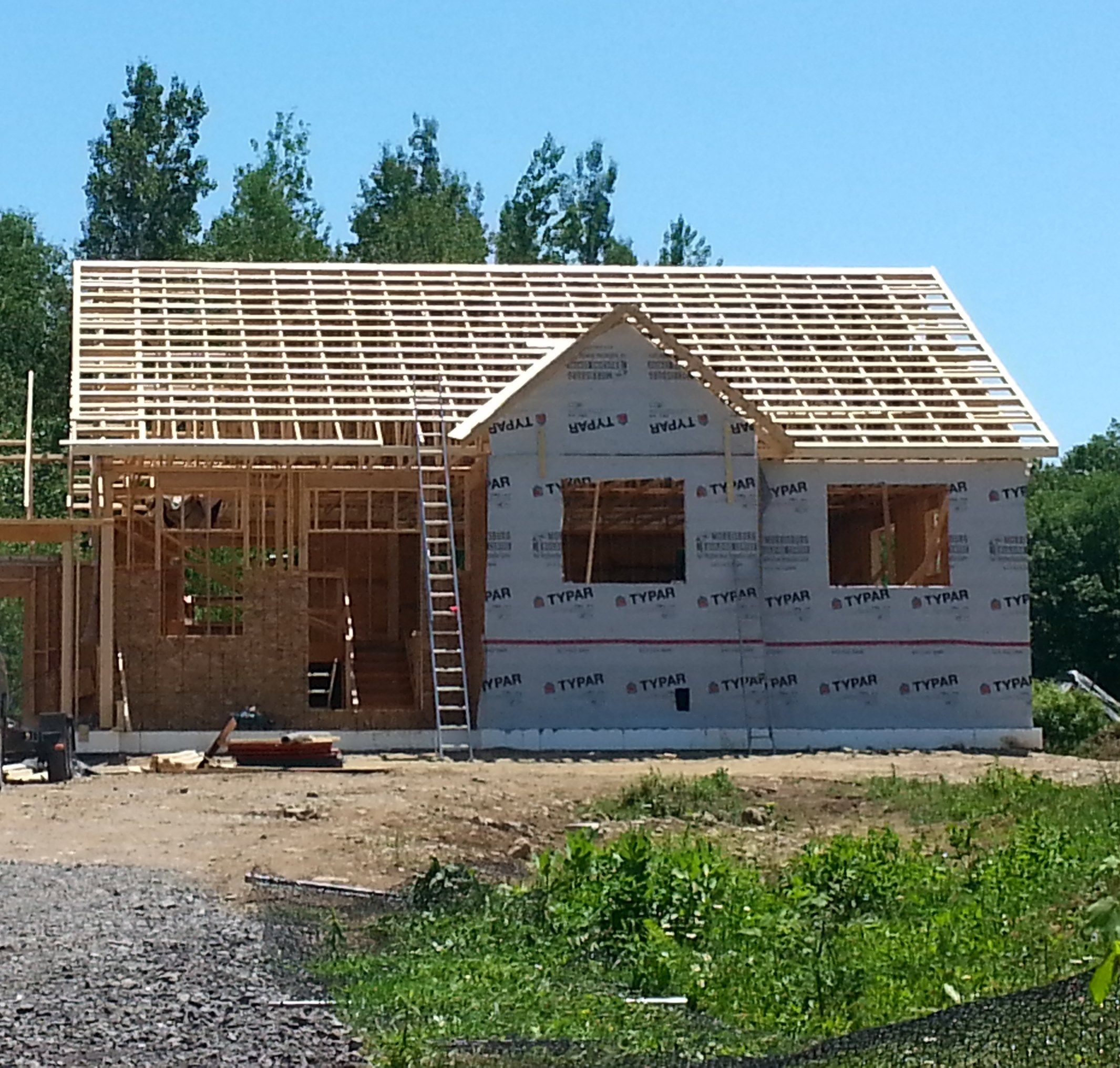 Week 8 Trusses And Vicwest Tin Roof The Vanderveen House Flipping Houses Roof Truss Design Bungalow