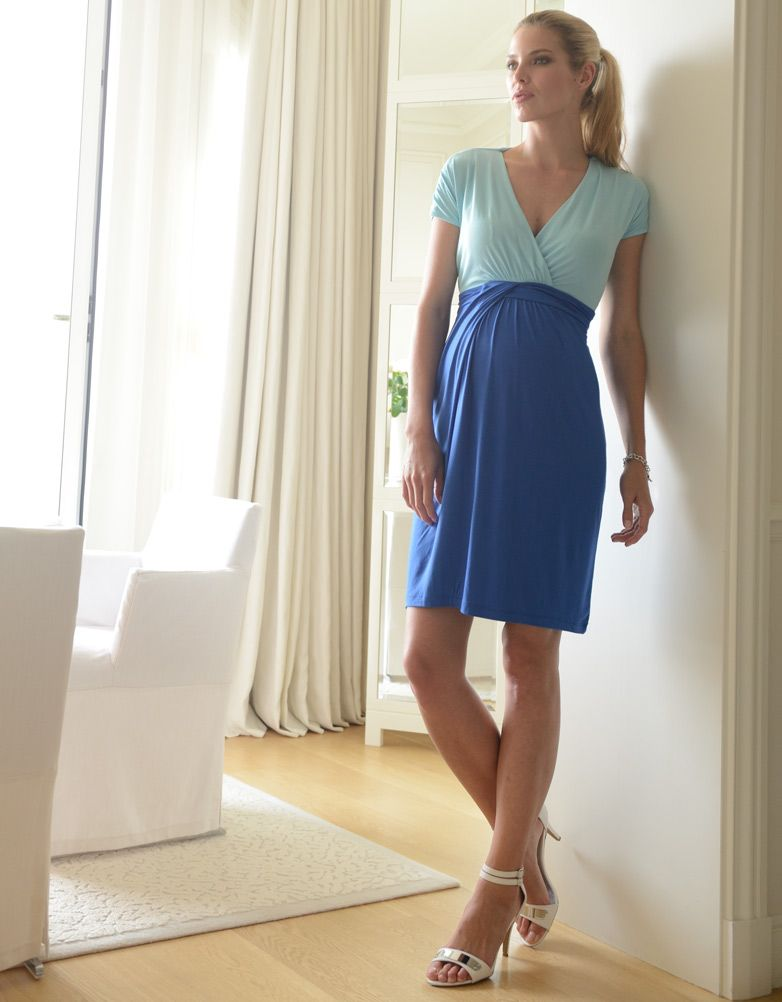 #Robe pour femme #enceinte dans les tons bleu #Seraphine: http://www.seraphine.fr/robe-de-grossesse-et-d-allaitement-colour-block.html