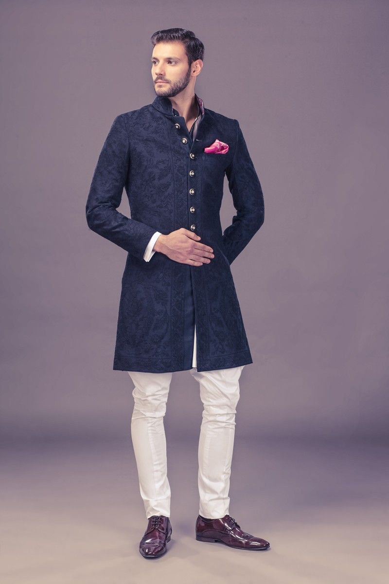 Top Indian Sherwani Designers Best Collection 2018 2019 For Weddings And Parties Includes Best Styles And Varieties Of Groom Wea Achkan Sherwani Trendy Outfits