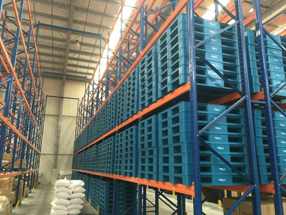 Pin on rackable plastic pallets manufacturer