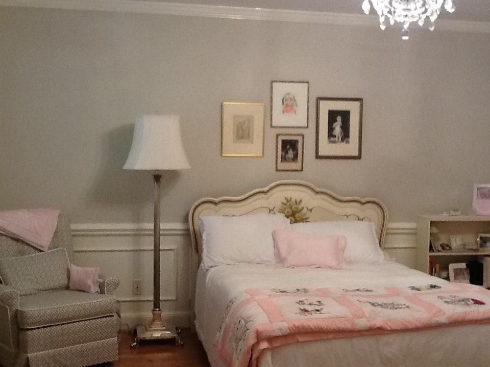 Oil Based Wall Paint Part - 48: Benjamin Moore Pale Oak With Valspar Ultra White In Oil Based Paint.  Antique Little Girl
