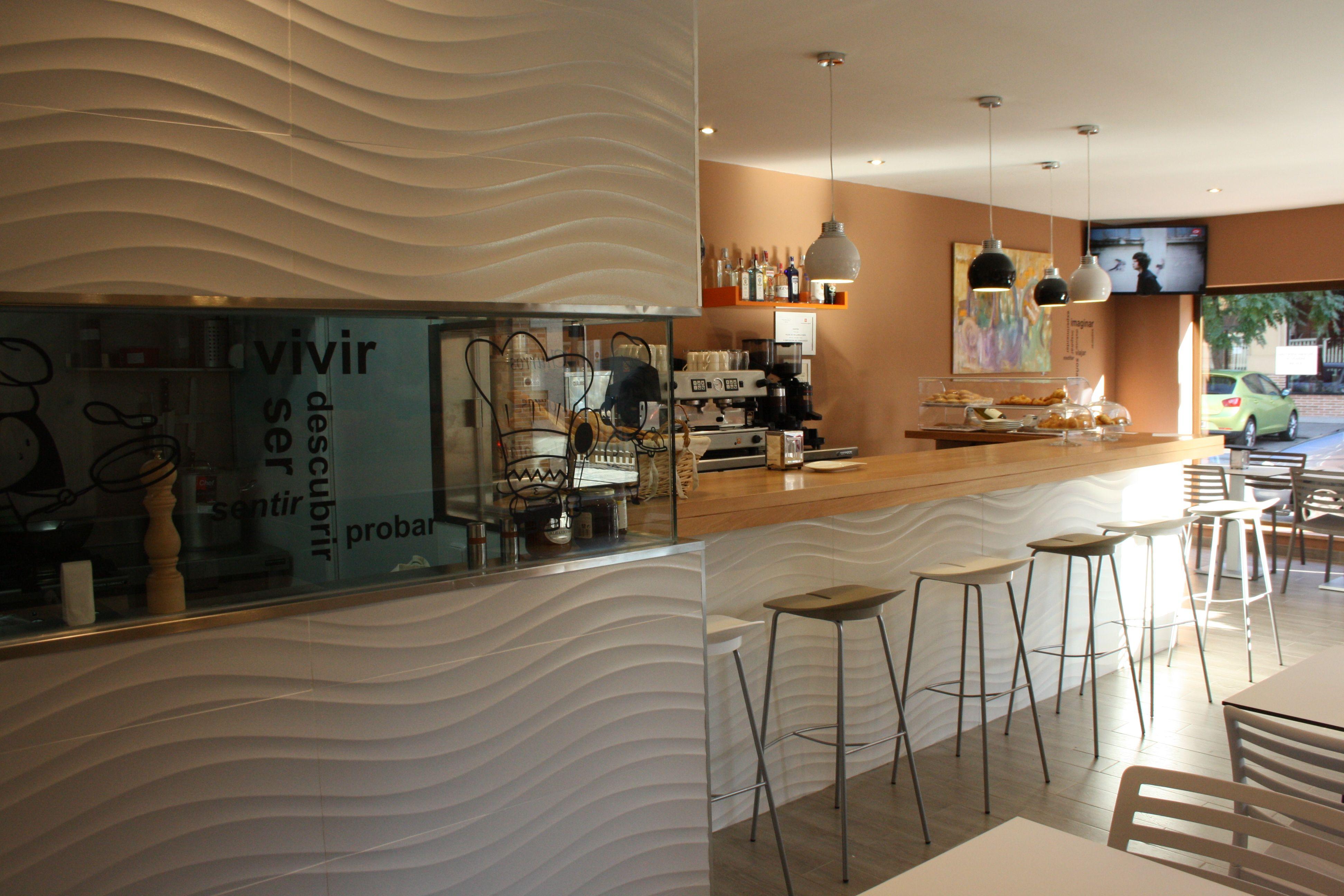Ideas de decoracion de cafeteria bar tienda estilo for Bar madera moderno