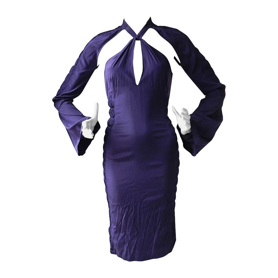 Tom Ford Gucci Purple Silk Dress   From a collection of rare vintage day  dresses at https   www.1stdibs.com fashion clothing day-dresses  862ccf5e297d