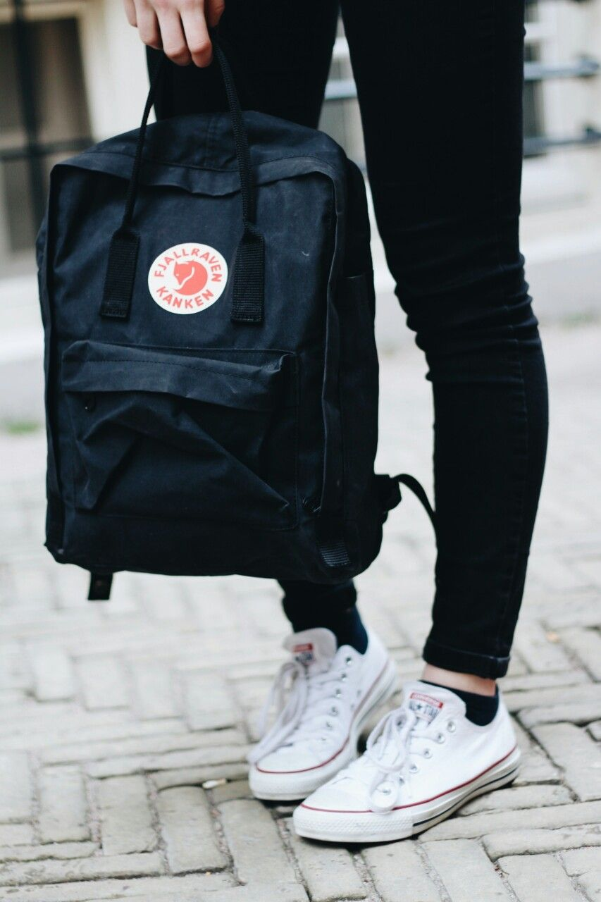 「FJALLRAVEN KANKEN BACKPACK - BLACK」的圖片搜尋結果