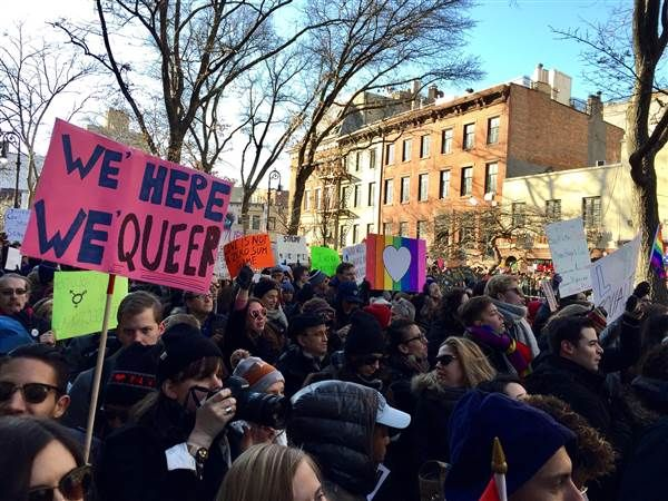 Lgbtq Solidarity Rally At Stonewall National Monument Draws Thousands Lgbtq Stonewall Rally