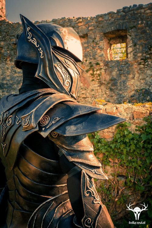The Elder Scrolls: Skyrim - Ebony Armor Cosplay by Folkenstal. You think this isn't real? WELL IT IS.