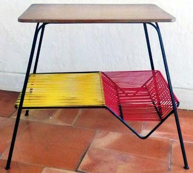 Table 'Range Disques' - Métal, Bois, Scoubidou Rouge et Jaune - Années 50-60