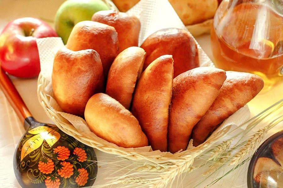 талии картинки яблочных пирожков традиции режиссеры россии