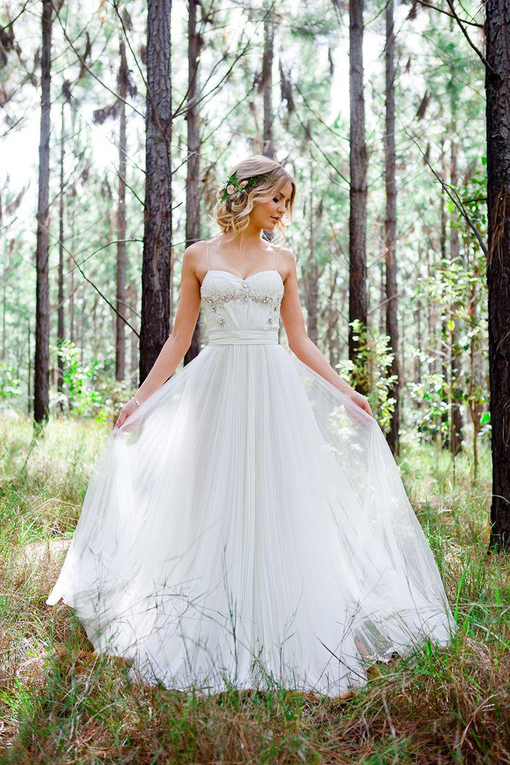 Romantic Woodland Wedding Inspiration | Woodland wedding inspiration ...