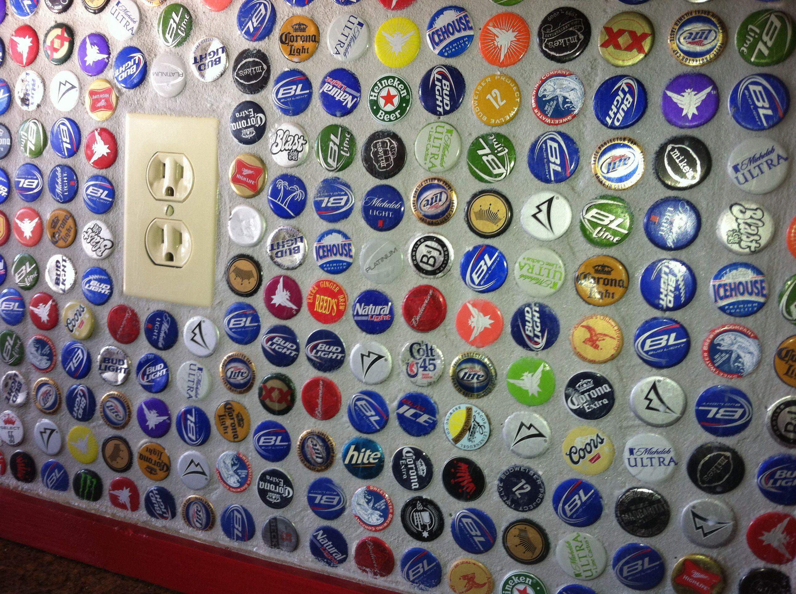 - Beer Bottle Cap Backsplash... I Love This!! Bottle Cap, Beer
