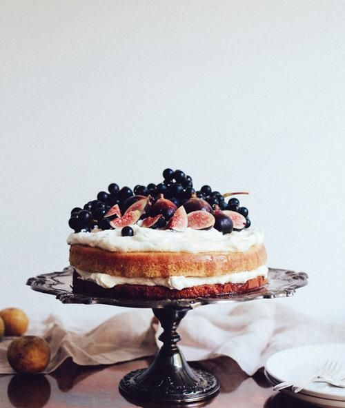 FIG OLIVE OIL CAKE:  Today's cake of the day comes from Diana Yen'sJewels of New York .