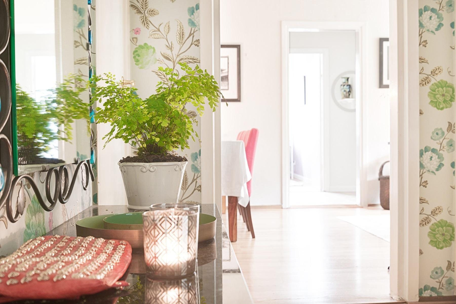 #homestyling #styling #hall #hallway 3:a med stor balkong på Infanterigatan | Move2