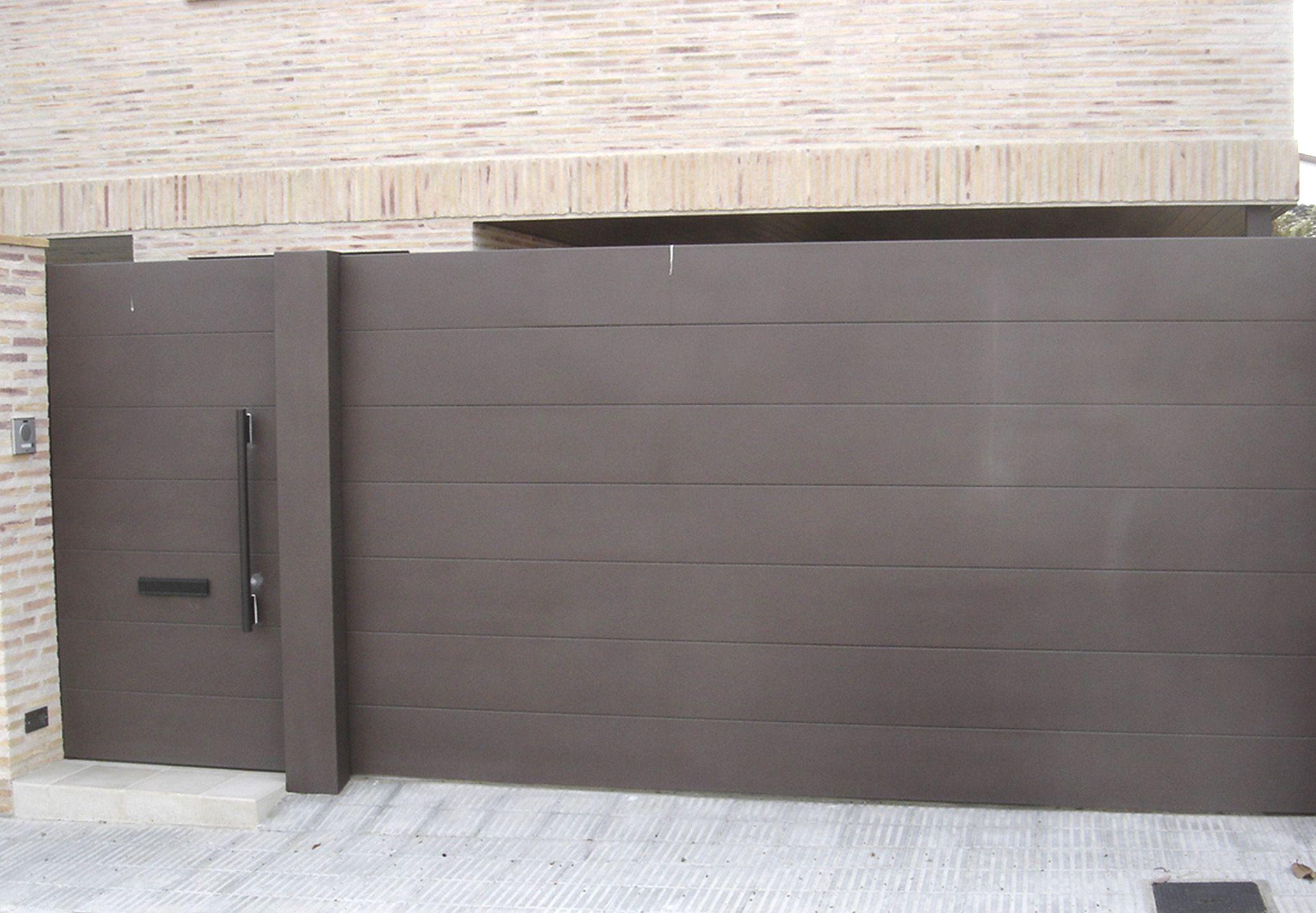 Puerta valla dise o buscar con google vallados for Puertas corredizas metalicas