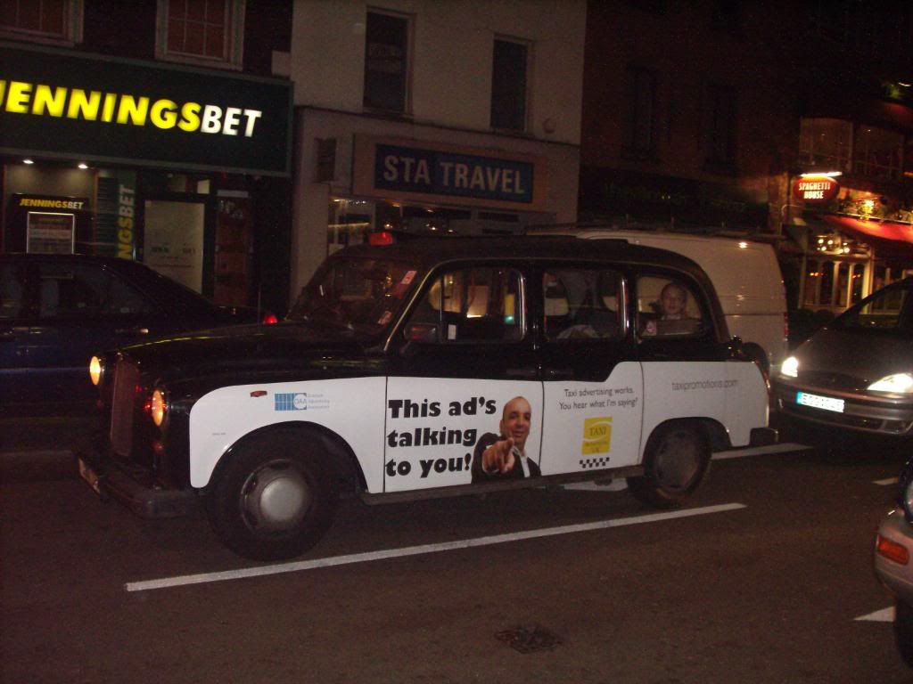 Taxi London Photo:  This Photo was uploaded by bacgator. Find other Taxi London pictures and photos or upload your own with Photobucket free image and vi...