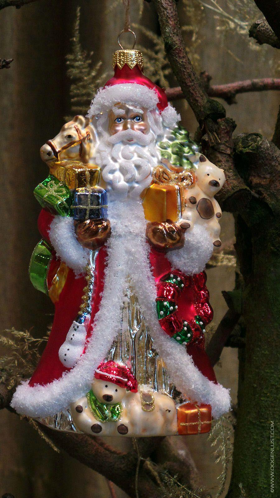 Mondgeblazen en handgeschilderde Kerstman, gemaakt volgens oude technieken in Polen