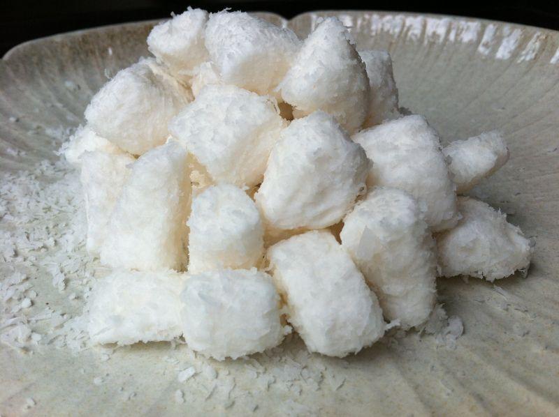 Bala de coco gelado