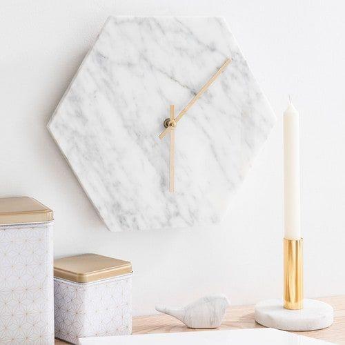 Horloge hexagonale en marbre L 32 cm