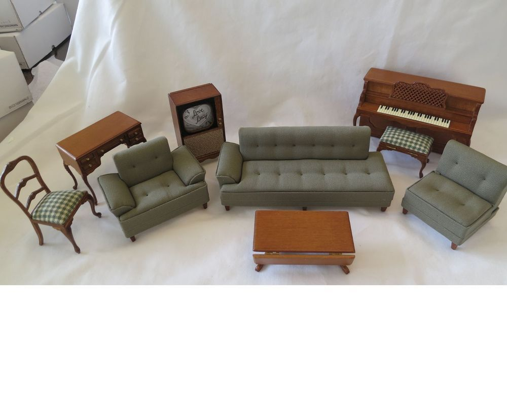 I LOVE LUCY Collectible Miniature living room