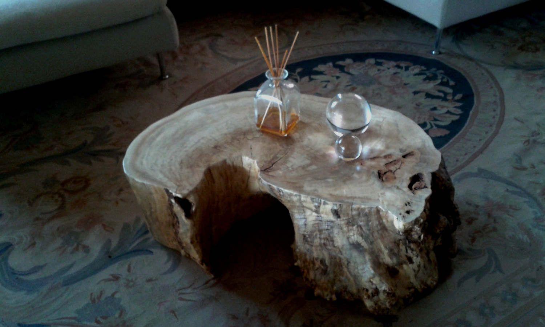 Tavolo tronco ~ Tavolo in legno di rovere e resina epossidica trasparente azimut