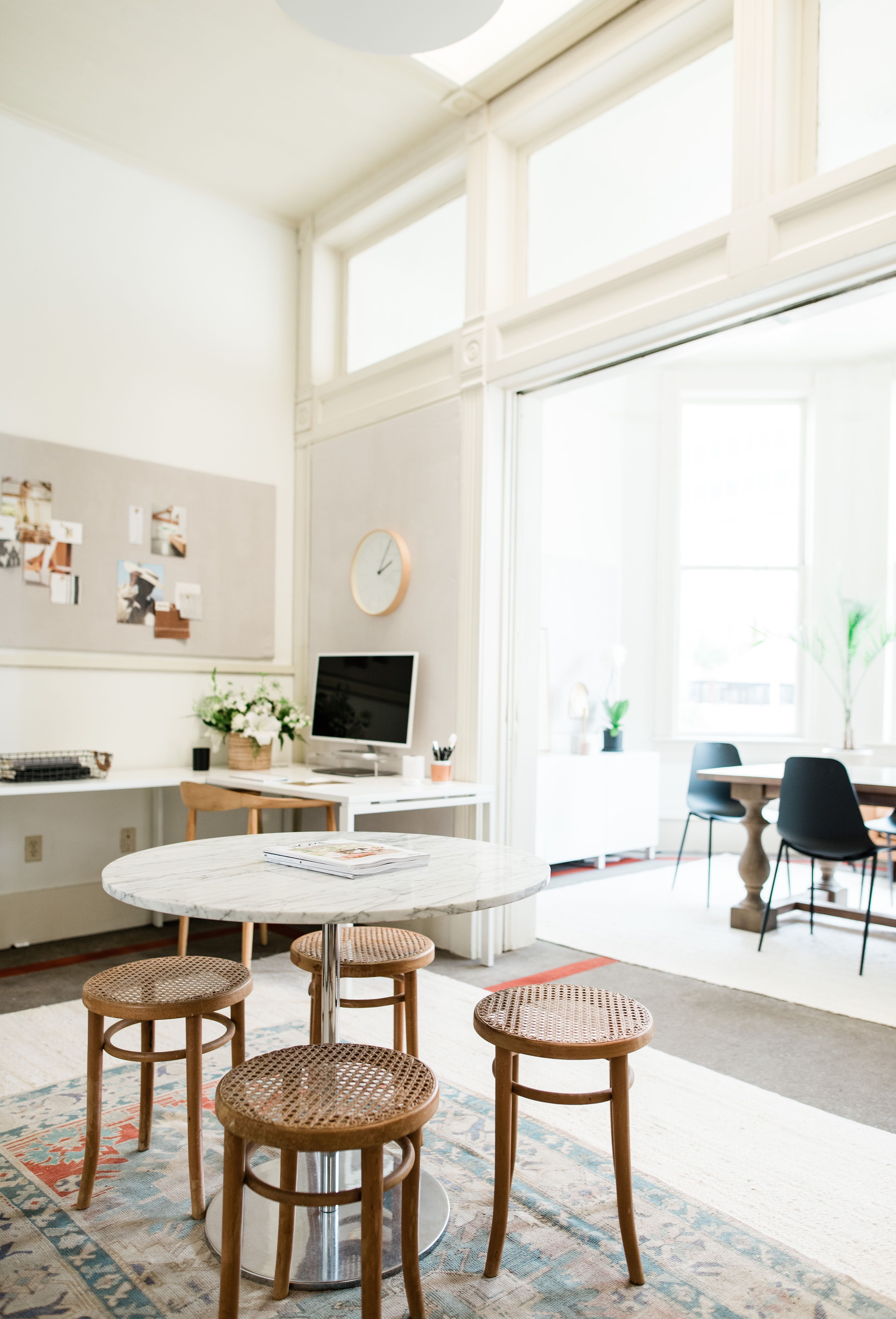 Where to Score the Best Vintage Rugs   Vintage rugs ...