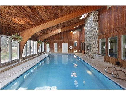 430 Chapel Hill Court Northfield Il 60093 Move Right In To This Extraordinary Home On A Beautiful Lane Lovely Open Recepti Indoor Pool Pool Estate Homes
