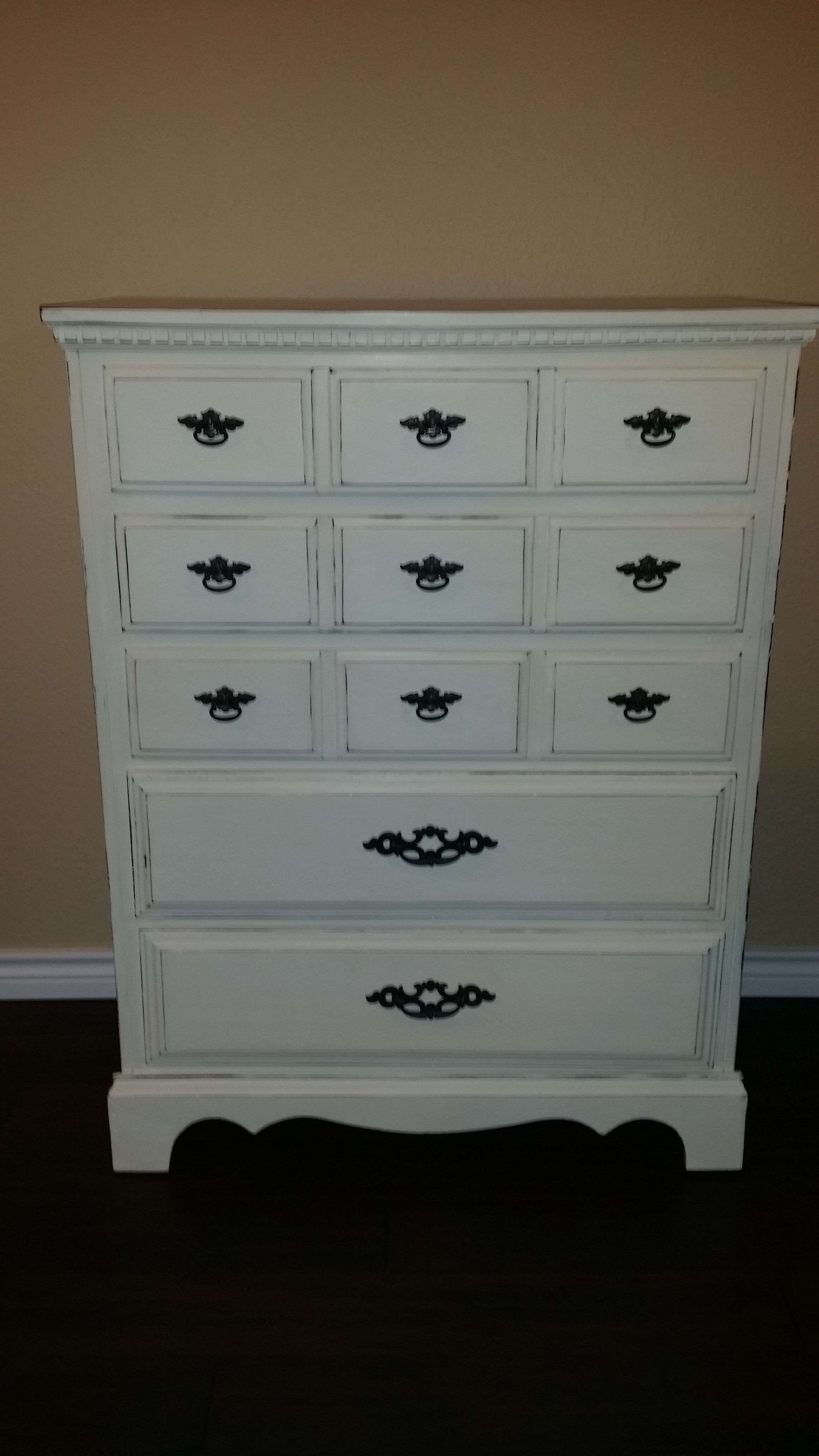 Dresser refinished with Annie Sloan Old white