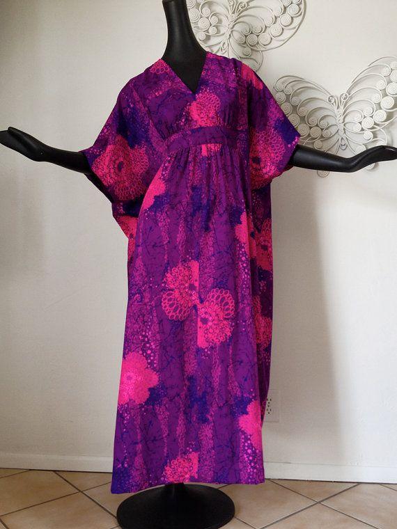 28a84145792 Vintage 60s 70s Tiki Hawaiian FITTED Muumuu MuMu Dress Caftan Kaftan ...