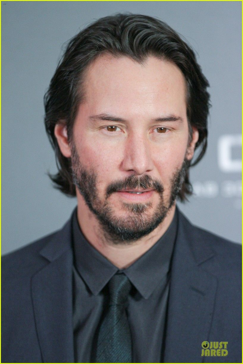 keanu reeves 47 ronin munich photo call 16 Keanu Reeves is handsome in a black suit while attending a photo call for his latest film 47 Ronin held at Hotel Bayerischer Hof on Friday (January 17) in Munich,…