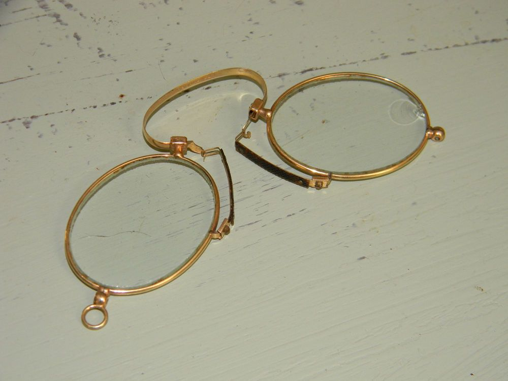 3438ddff7370 Vintage Stevens and Co. Pince Nez Gold Spectacles