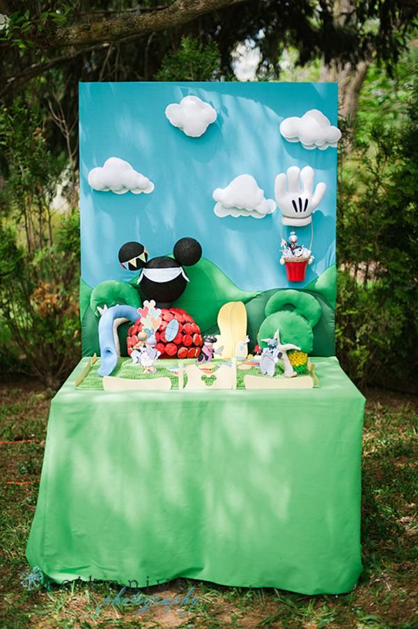 Mickey Mouse Clubhouse Party via Karas Party Ideas