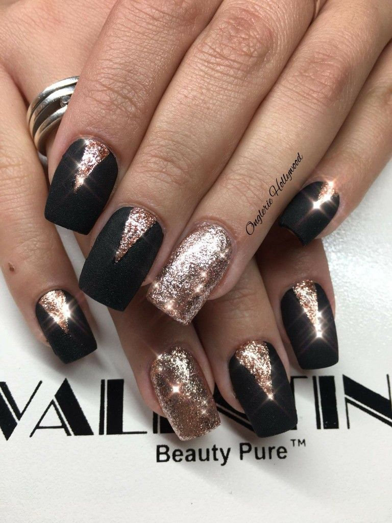 Black And Gold Nails Popularnailshapes Pretty Nails In 2018