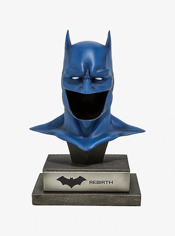 Dc Comics Dc Gallery Rebirth Batman Cowl 1 2 Scale Limited Edition Collectible Figure Batman Cowl Batman Batman Collectibles