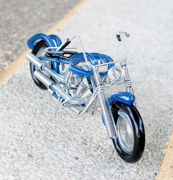 Handmade Harley Davidson motorcycle model made from aluminium coil ...