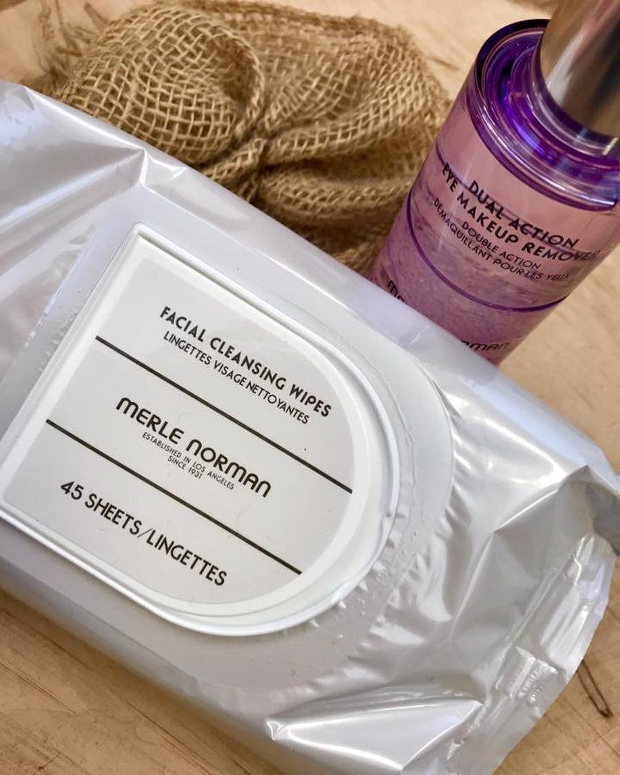 This Is A Awesome Way To Remove All Of Your Makeup Dual Action Eye Makeup Remover And Facial Cleansing Wi Facial Cleansing Wipes Makeup Wipes Cleansing Wipes